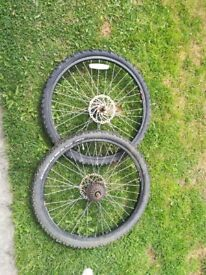 "2 x aluminium 26"" bike wheels"