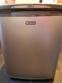 Silver hotpoint fridge