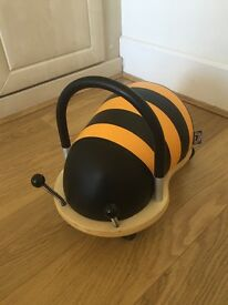 Wheelybug buzzy bee ride on £20