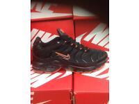 Black & Orange Nike Trainers Brand New Size 8