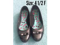 School Shoes from Clarks Size 4 1/2 f