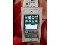 iPhone 5s 16GB Silver, Factory unlocked, Very good condition, unused headphones