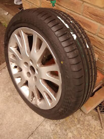 New Tyre 225/45 ZR 17 94W XL on Renault Wheel - Never been on car