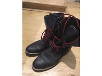 Huggy Hiking Russel and Bromley size 37 nearly new Boots