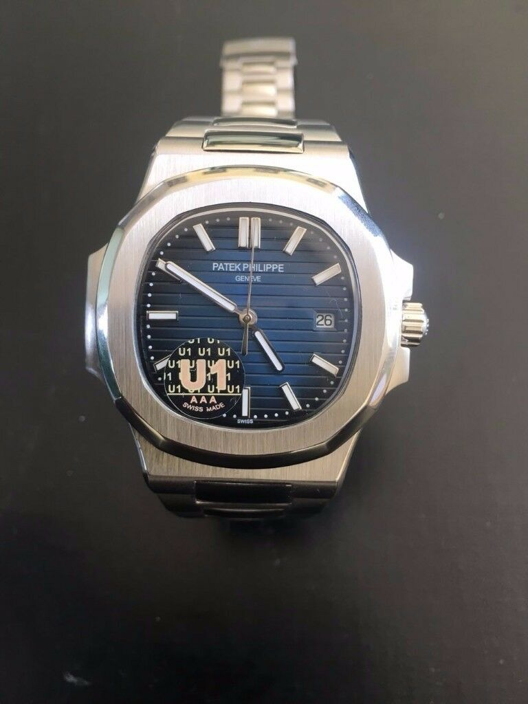Patek Philippe Nautilus 5711, Stainless Steel, lovely present/gift FREE TRACKED SHIPPING