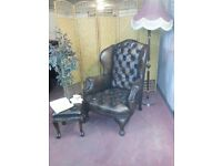 CHESTERFIELD QUEEN ANNE +FOOTSTOOL