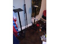 Studio monitors Speakers stands