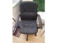 Black chair good condition