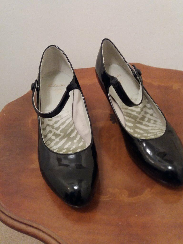 7 Gumtree Surrey Clarks Shoes Warlingham Patent Size Black In IxnSwA64q