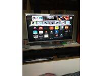 """Panasonic Viera 32"""" Full HD LED Smart TV"""