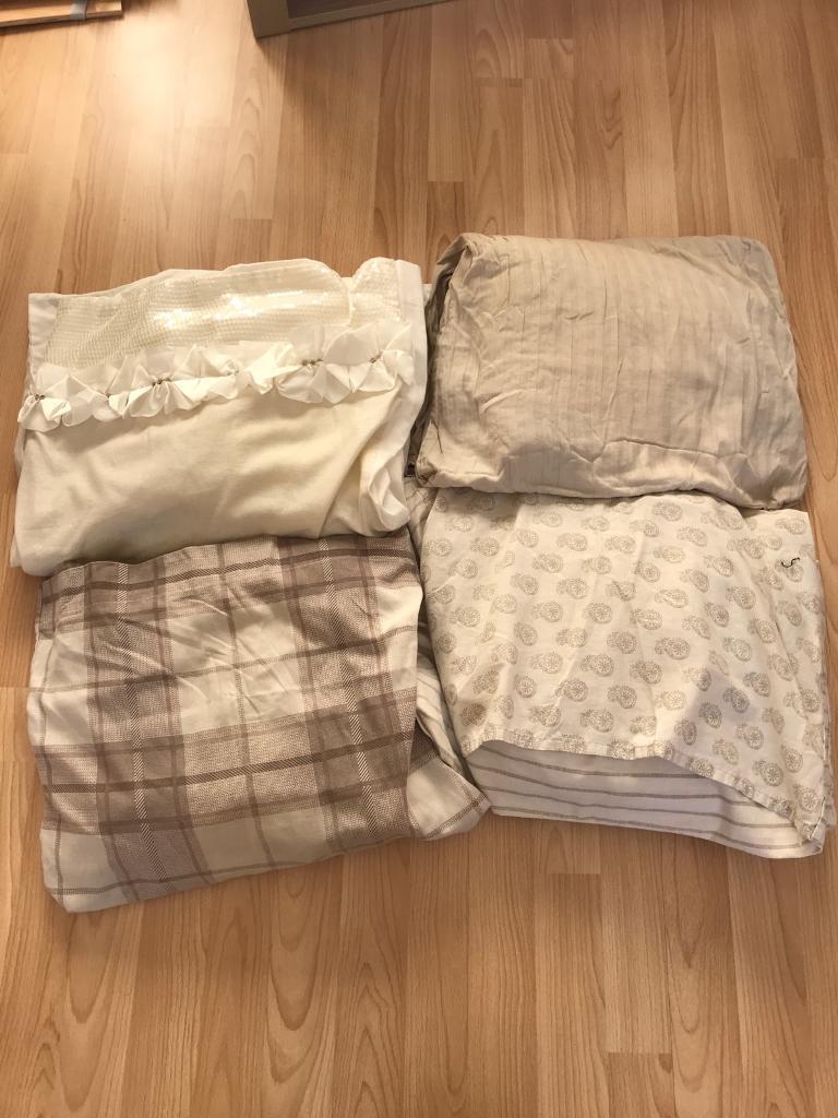 Bundle of kingsize bedding sets