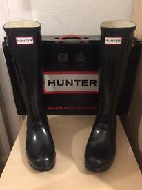 Woman's Hunter Original Tall Gloss Wellington Boots Size 5