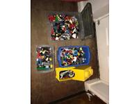Bundle of assorted Lego and minifigures