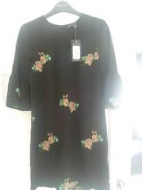 Ladies tunic size 6