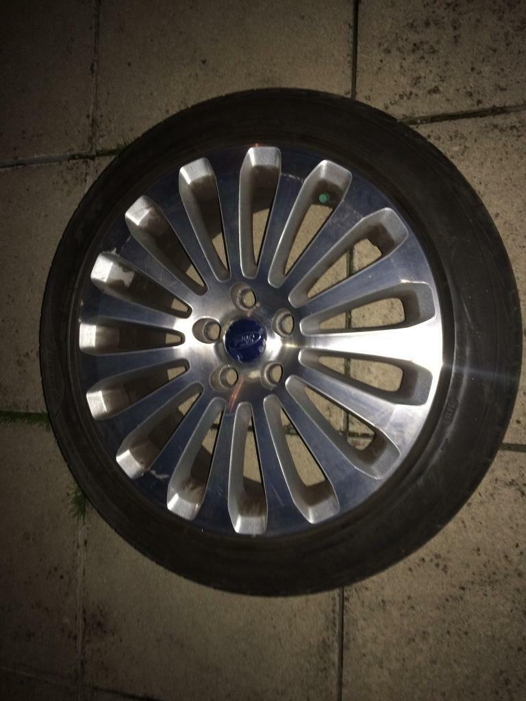 Ford 5 stud alloy wheels. Fit cmax focus mondeo