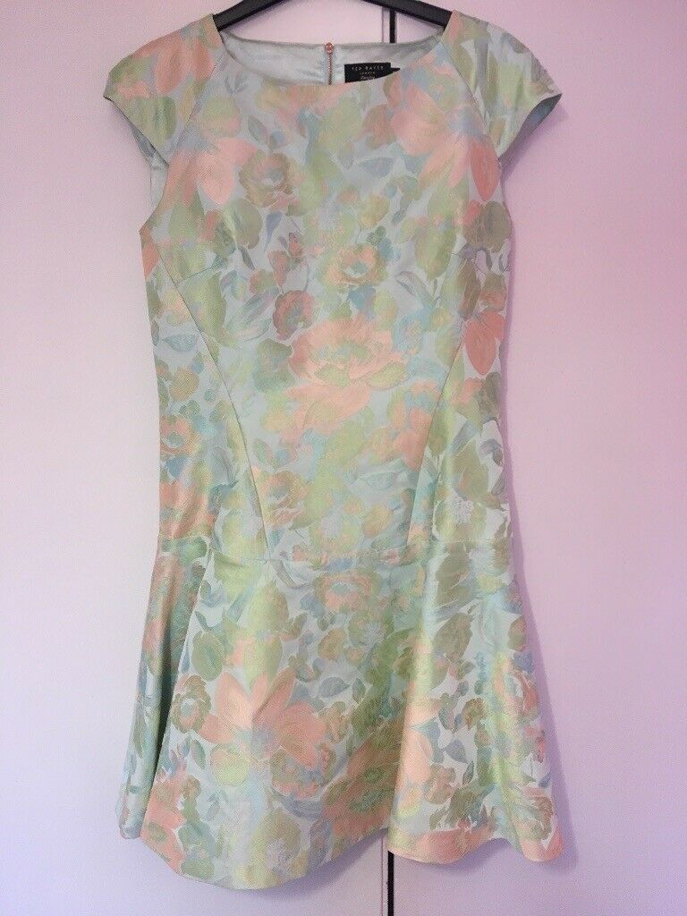 49b2fe1440fc7 Ted Baker skater dress green