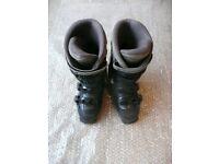 'Salomon 6.0 Evolution' Ladies Ski Boots. Size 5.