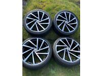 Genuine VW golf r 19 Spielberg alloy wheels