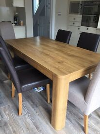 Next oak extending veneer table and 6 chairs
