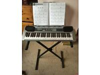 Gear4music LP5420 Electronic Keyboard with Stand