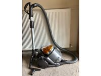 Dyson DC19 Vacuum cleaner, excellent condition with all accessories