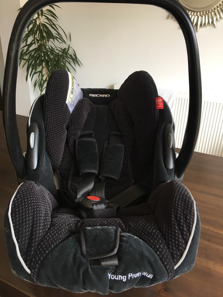 Recaro Car Seat And Isofix Base