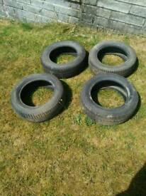 2 x 185 60 R14 + 2 x 185 65 R14 Tyres. Excellent Tread. Tires