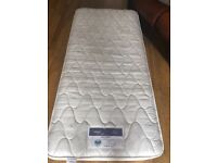 Silent night miracoil single bed mattress in excellent condition