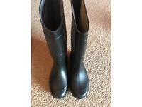 Wellington Boots - Size 8 - New