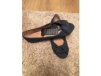 Flat peep toe shoe size 4