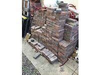 Approx 1500 40mm paving blocks