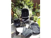 *Reduced in price* Silver Cross 3 in 1 travel system (car seat, pram and buggy)