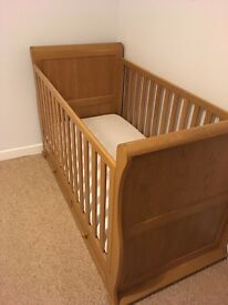 Solid Oak Cotbed