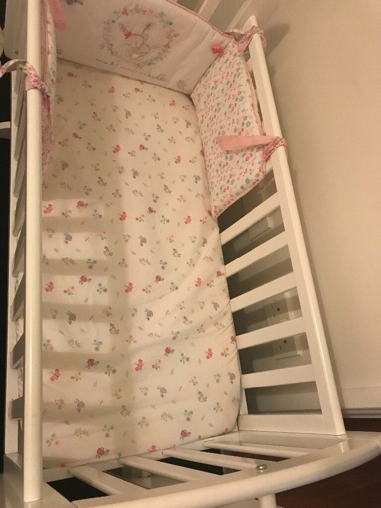 buy popular 2b490 f38cb Obaby Sophie Swinging Crib , Mattress & Bedding Set. | in Leyton, London |  Gumtree
