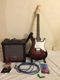 Yamaha Pacifica 112v with Roland Cube Amp and Accessories