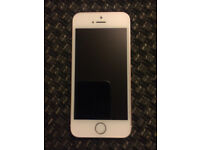 iphone 5 SE (ROSE GOLD) WHITE 16GB GOOD CONDITON on EE