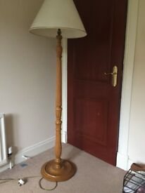 Standing lamp and shade - ideal for lounge. Excellent condition.