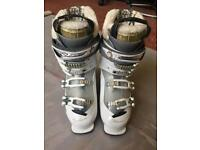 Ladies Salomon Xfit Fusion Ski Boots Size 25