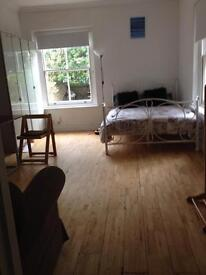 Chiswick/Hammersmith Fantastic Garden Studio Flat in the heart of Chiswick