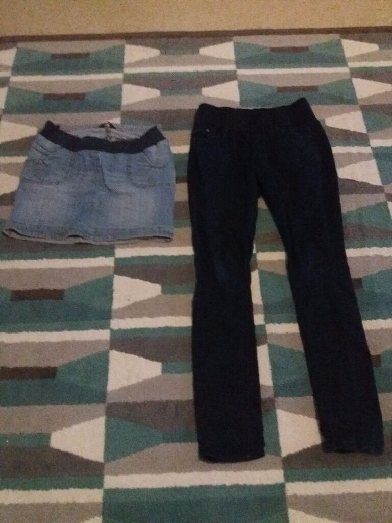 Maternity clothes bundle size 10 and Sin Barton on Sea, HampshireGumtree - Size 10 maternity clothes bundle. Jeans and jeans dress and 5 T shirts. All in good condition