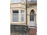 Very Spacious Two Bedroom Flat For Rent £750pcm Available Now