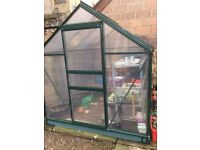 Good Condition Greenhouse 6x6ft