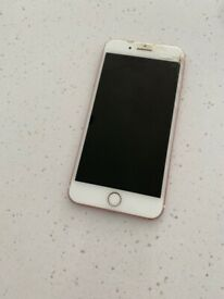Unlocked iPhone 7 Plus rose gold cracked screen