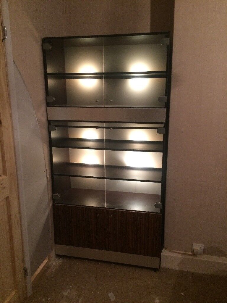 2 X Wood And Glass Fronted 80s Vintage Dining Room Cabinets