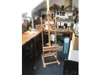 Solid wood upright standing easel
