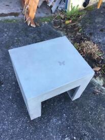 6x concrete tables/seats