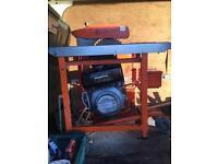 Red-band diesel bench saw. 9.0hp diesel Honda engine good powerful saw
