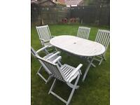 Garden table and chairs / patio set + sun shade