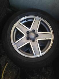 17 Jeep Patriot diamond cut Alloy Wheels good tyres