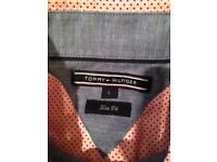 Mens Tommy Hilfiger red/pink dotted shirt in L (Slim fit) Like new!